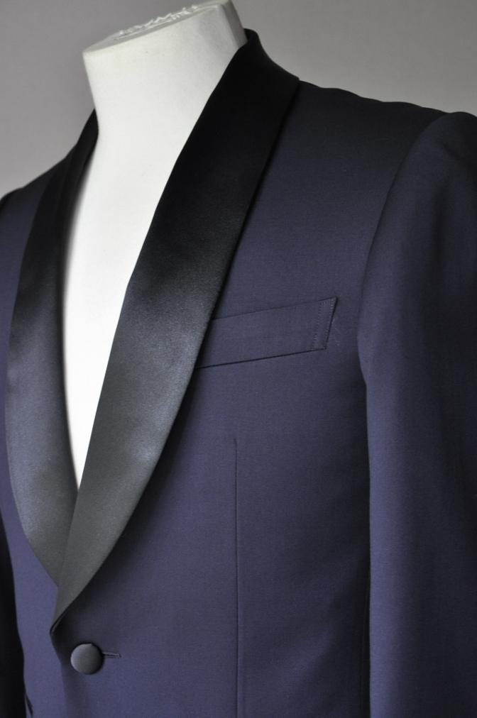 DSC22741 お客様のウエディング衣装の紹介-BIELLESI ネイビータキシードジャケット チェックパンツ- 名古屋の完全予約制オーダースーツ専門店DEFFERT