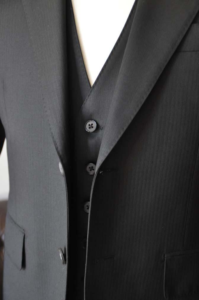 DSC22882 お客様のスーツの紹介- Biellesi ブラックスリーピース-