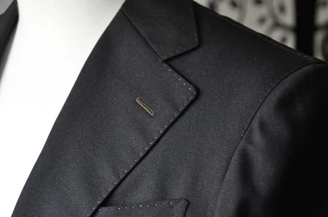 DSC2297-2 スーツのパーツ名称「AMFステッチ」
