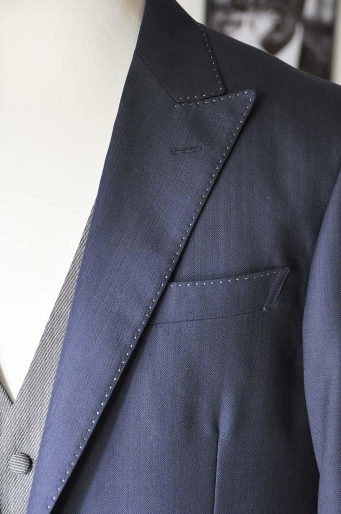 DSC2299-1 お客様のウエディング衣装の紹介- DARROW DALE ネイビースーツ グレーベスト ブラウンベスト-DSC2299-1 お客様のウエディング衣装の紹介- DARROW DALE ネイビースーツ グレーベスト ブラウンベスト- 名古屋市のオーダータキシードはSTAIRSへ