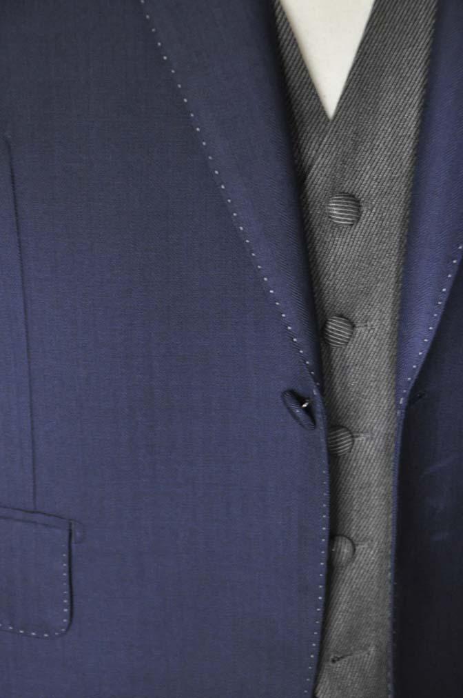 DSC2302 お客様のウエディング衣装の紹介- DARROW DALE ネイビースーツ グレーベスト ブラウンベスト-DSC2302 お客様のウエディング衣装の紹介- DARROW DALE ネイビースーツ グレーベスト ブラウンベスト- 名古屋市のオーダータキシードはSTAIRSへ
