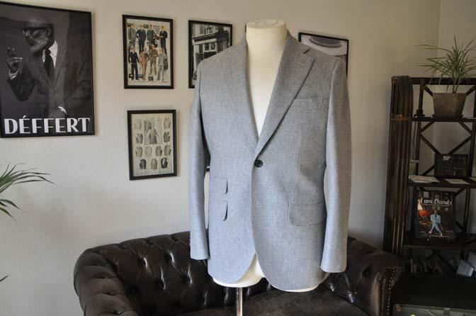 DSC2353-1 お客様のスーツの紹介- Canonico ライトグレーフランネルスーツ-