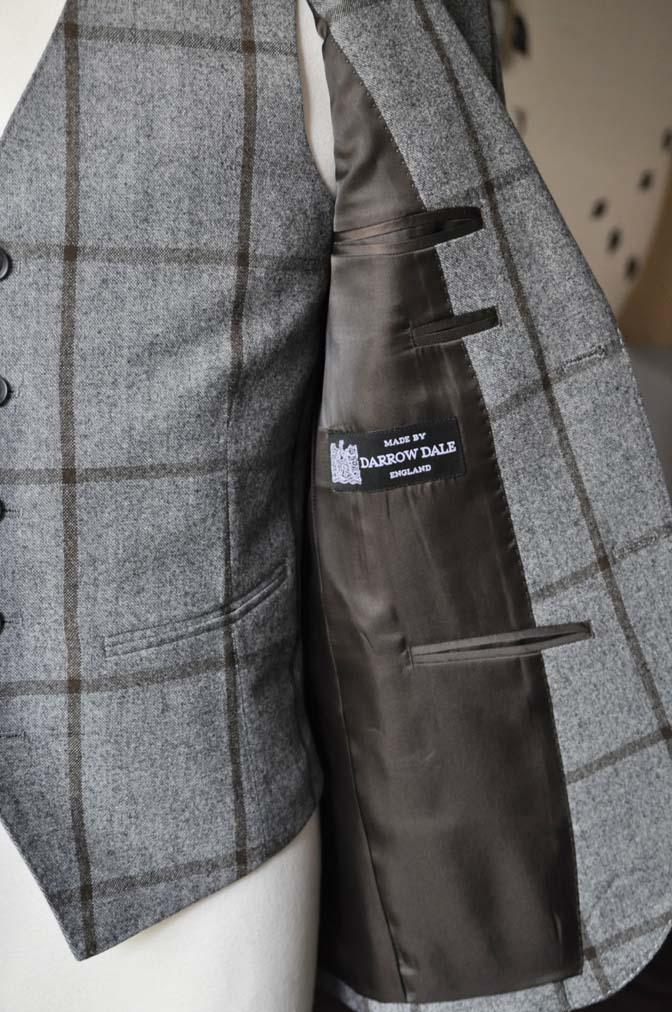 DSC2357-2 お客様のジャケット/ベストの紹介-DARROW DALEグレーウィンドペン-DSC2357-2 お客様のジャケット/ベストの紹介-DARROW DALEグレーウィンドペン- 名古屋市のオーダータキシードはSTAIRSへ