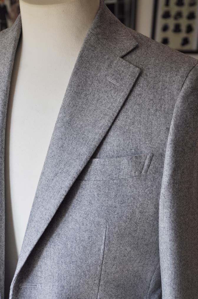 DSC2359-1 お客様のスーツの紹介- Canonico ライトグレーフランネルスーツ-