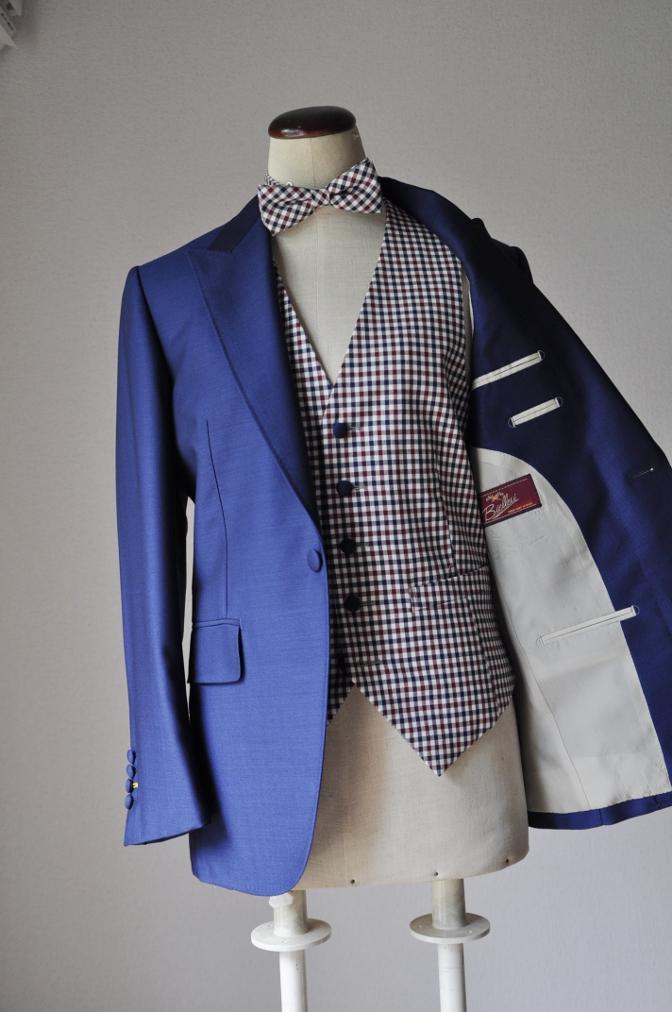 DSC2360 お客様のウエディング衣装の紹介-BIELLESI ネイビースーツ チェックベスト- 名古屋の完全予約制オーダースーツ専門店DEFFERT