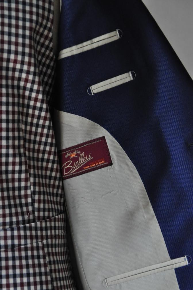 DSC23611 お客様のウエディング衣装の紹介-BIELLESI ネイビースーツ チェックベスト- 名古屋の完全予約制オーダースーツ専門店DEFFERT