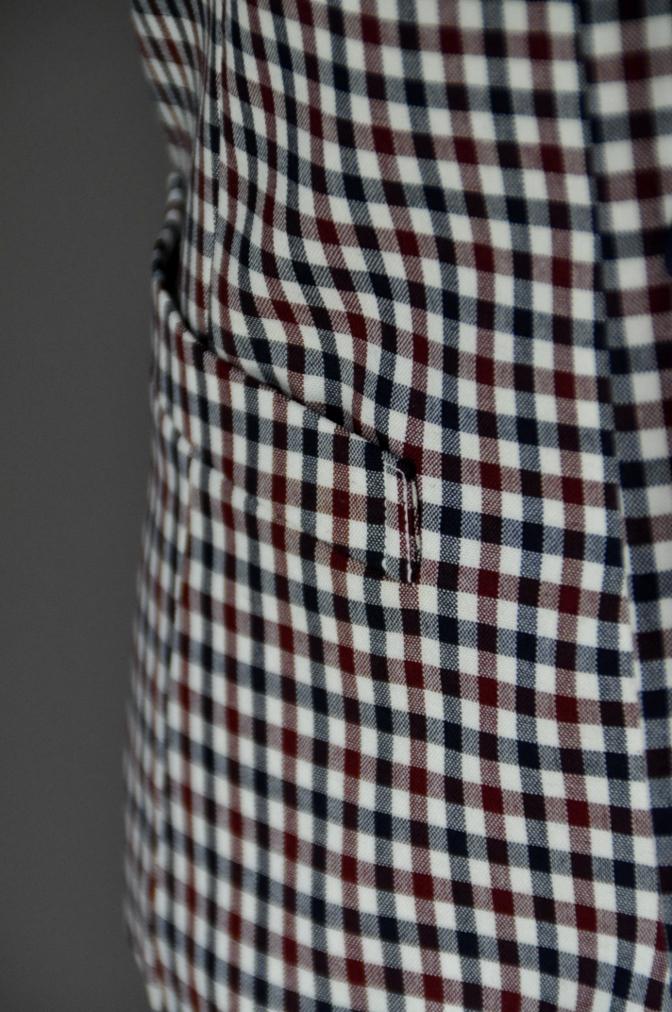 DSC2376 お客様のウエディング衣装の紹介-BIELLESI ネイビースーツ チェックベスト- 名古屋の完全予約制オーダースーツ専門店DEFFERT