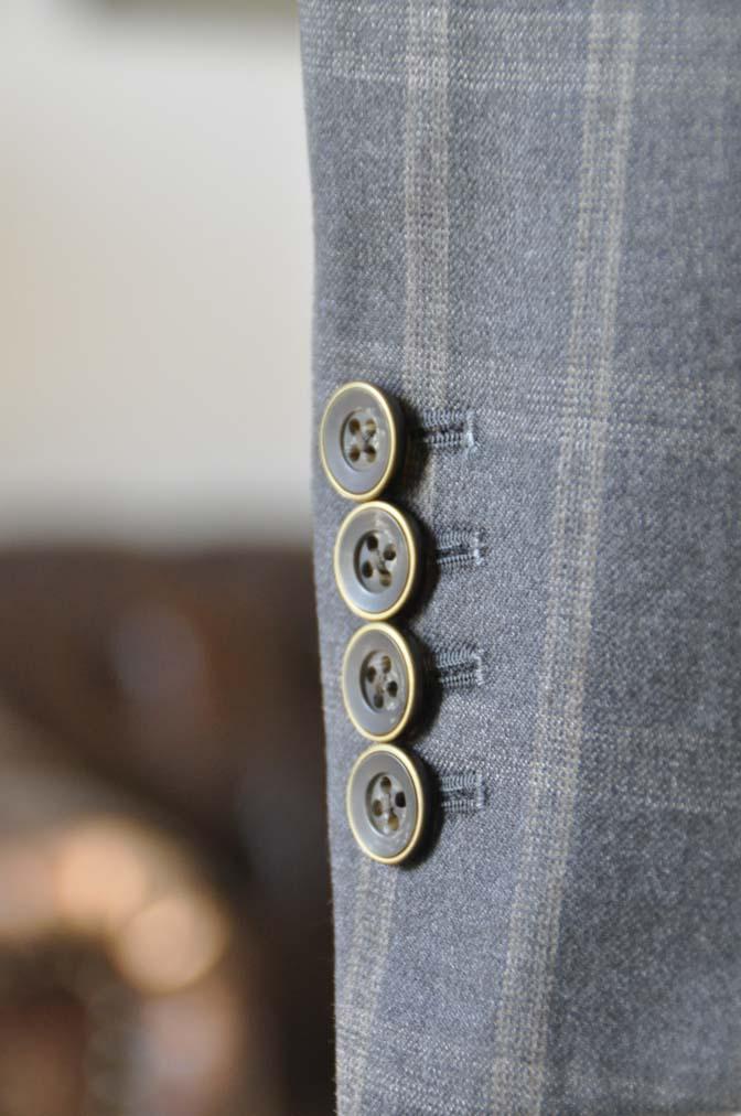 DSC23801 お客様のウエディング衣装の紹介- REDAブラウンチェック ネイビーベスト-DSC23801 お客様のウエディング衣装の紹介- REDAブラウンチェック ネイビーベスト- 名古屋市のオーダータキシードはSTAIRSへ
