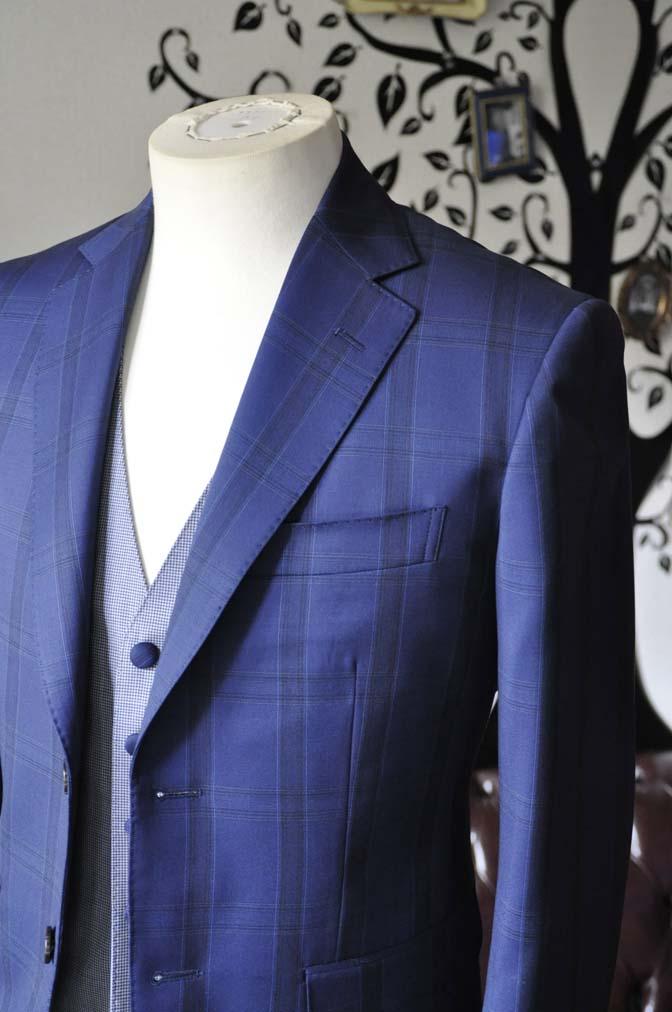 DSC2394-1 お客様のウエディング衣装の紹介- CANOICOネイビーチェックジャケット ライトブルー千鳥格子ベスト- 名古屋の完全予約制オーダースーツ専門店DEFFERT