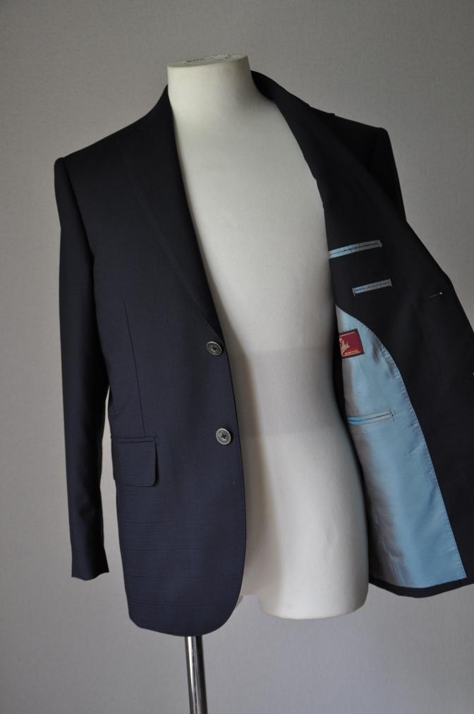DSC23951 お客様のスーツの紹介- BIELLESI ネイビーシャドウチェック-