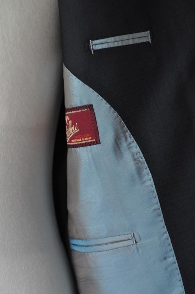 DSC2396 お客様のスーツの紹介- BIELLESI ネイビーシャドウチェック-