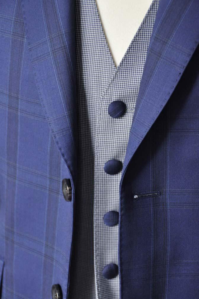 DSC2398-1 お客様のウエディング衣装の紹介- CANOICOネイビーチェックジャケット ライトブルー千鳥格子ベスト- 名古屋の完全予約制オーダースーツ専門店DEFFERT
