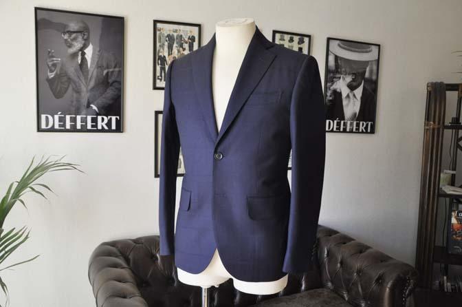 DSC2402-1 お客様のスーツの紹介- Biellesi ネイビーウィンドペン-