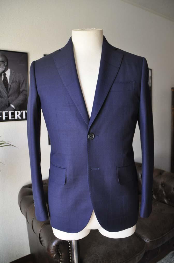 DSC2403-1 お客様のスーツの紹介- Biellesi ネイビーウィンドペン-