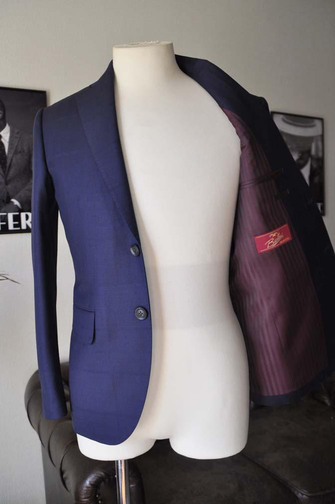 DSC2404-1 お客様のスーツの紹介- Biellesi ネイビーウィンドペン-