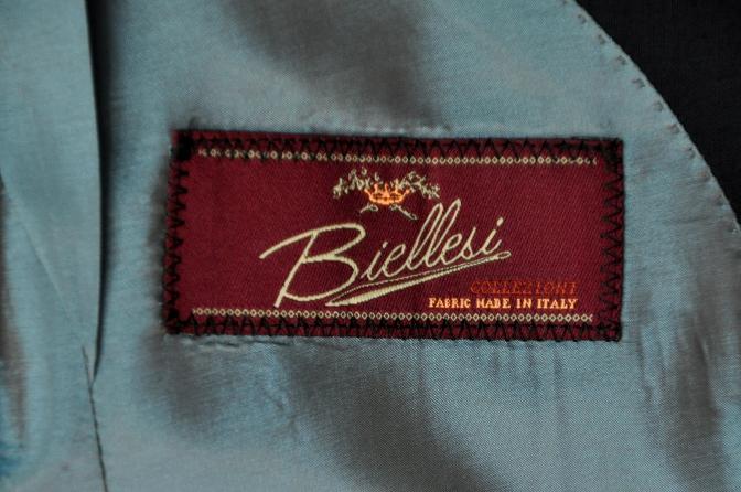 DSC24041 お客様のスーツの紹介- BIELLESI ネイビーシャドウチェック-