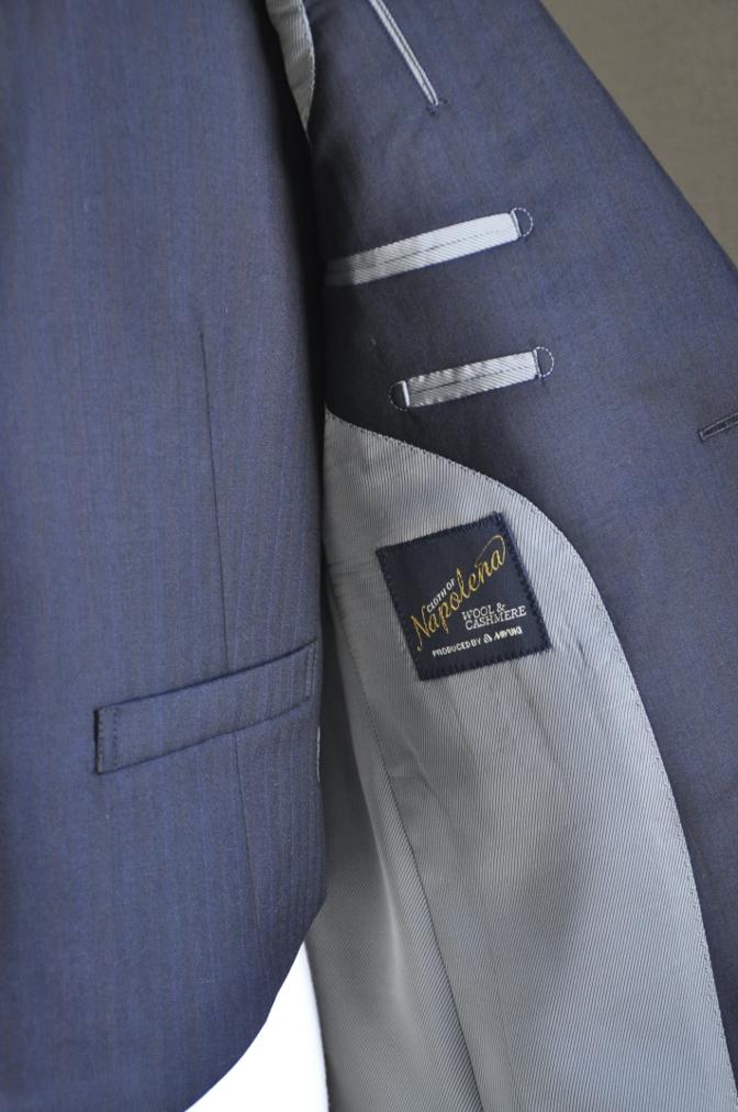 DSC2435 お客様のスーツの紹介-御幸毛織 ナポレナ ネイビーストライプ スリーピース-