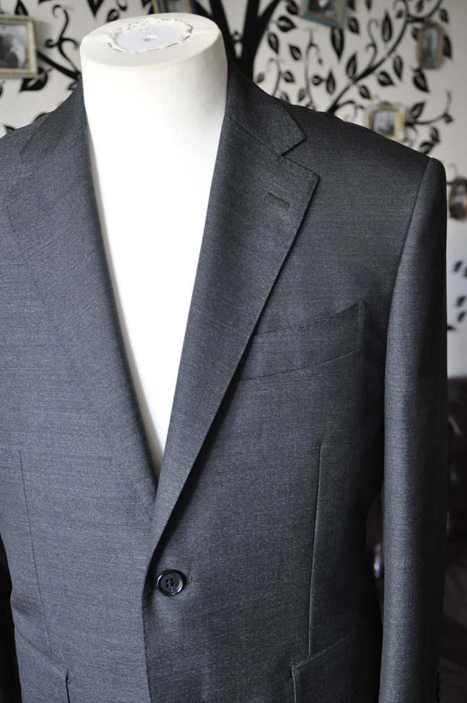 DSC2439-1 お客様のスーツの紹介-CANONICO グレースーツ-