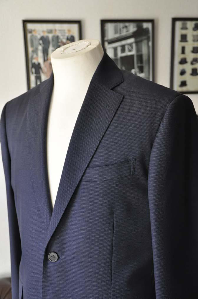 DSC2441-1 お客様のスーツの紹介- Canonico ネイビースーツ-