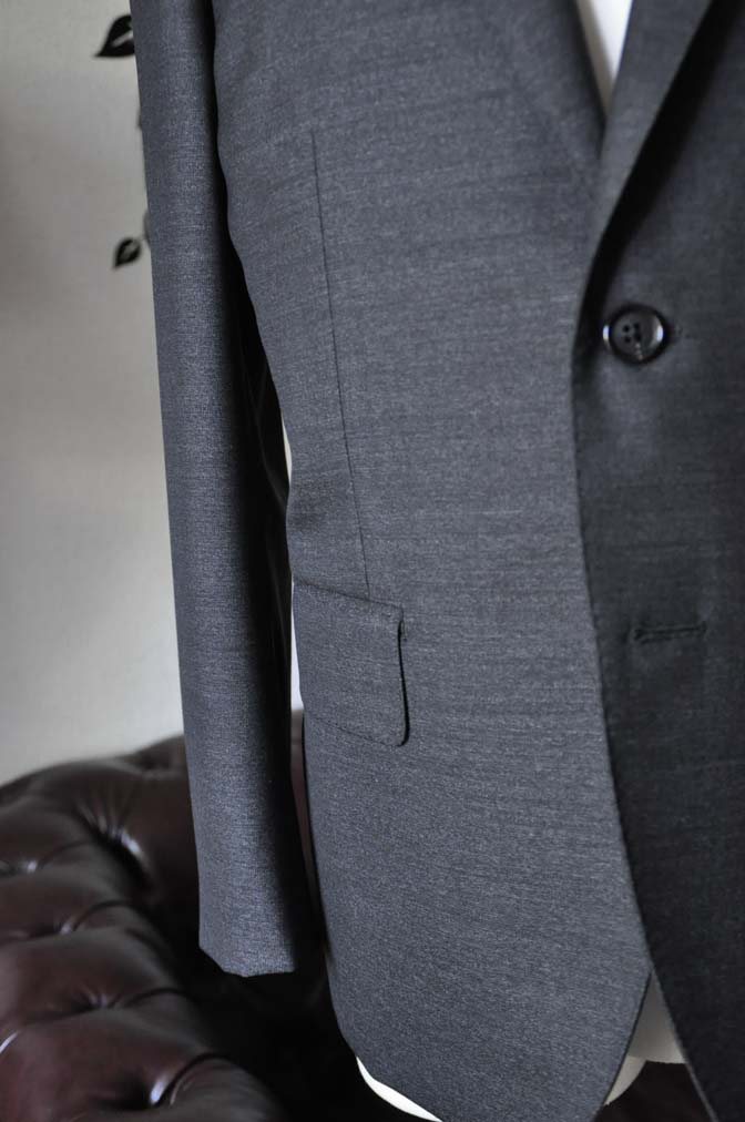 DSC2442-2 お客様のスーツの紹介-CANONICO グレースーツ-