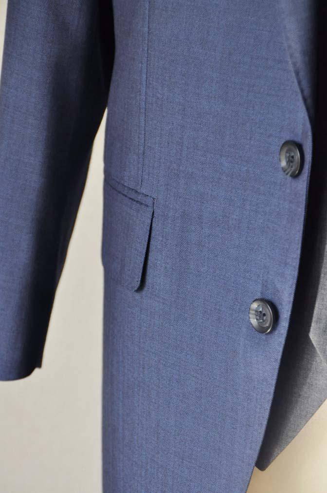 DSC24601 お客様のウエディング衣装の紹介-Biellesi ネイビースーツ グレーベスト- 名古屋の完全予約制オーダースーツ専門店DEFFERT