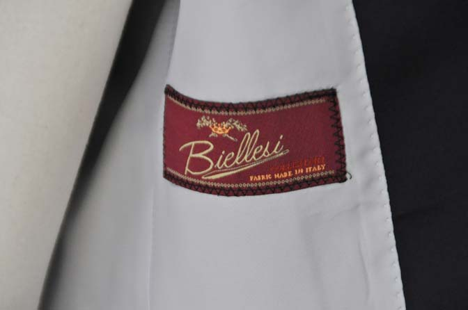 DSC24602 お客様のウエディング衣装の紹介- Biellesi ネイビーヘリンボーン ショールカラータキシード-DSC24602 お客様のウエディング衣装の紹介- Biellesi ネイビーヘリンボーン ショールカラータキシード- 名古屋市のオーダータキシードはSTAIRSへ
