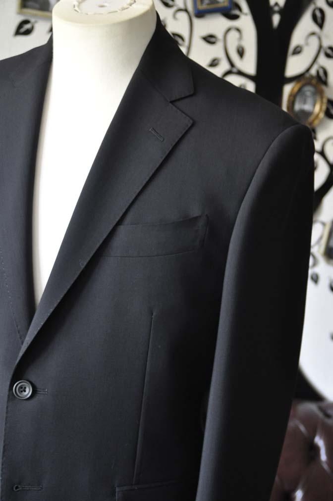 DSC2482-1 お客様のスーツの紹介-御幸毛織 ダークネイビースーツ-