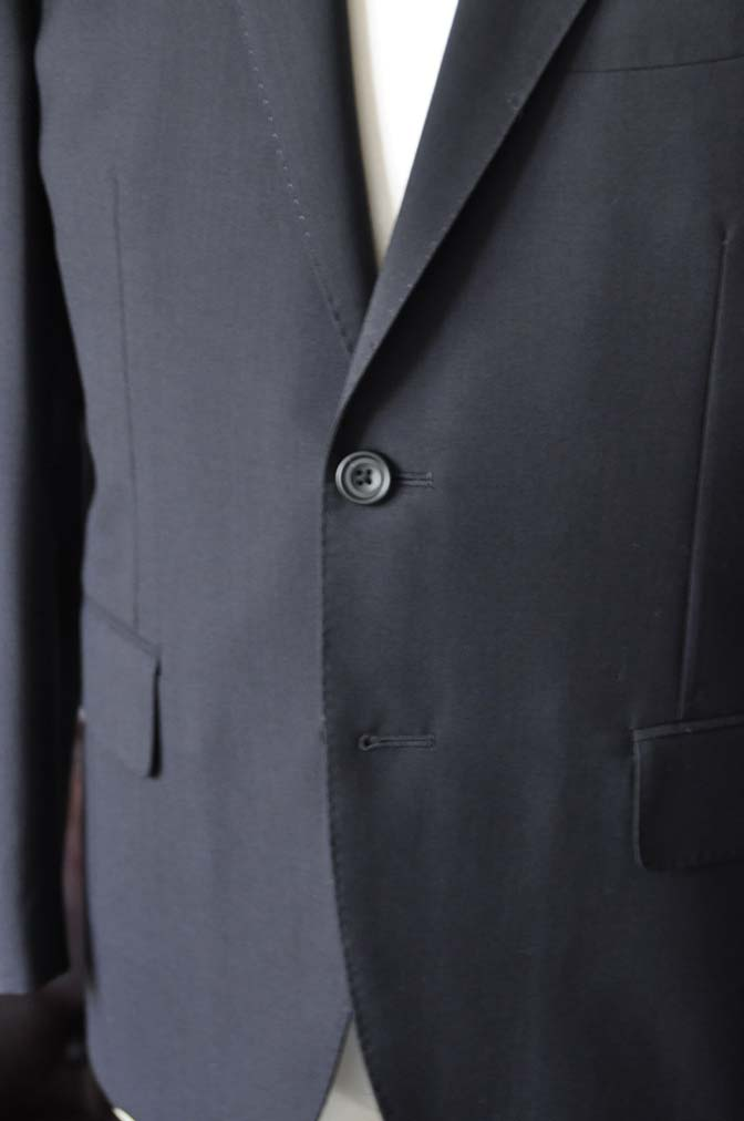 DSC2484-1 お客様のスーツの紹介-御幸毛織 ダークネイビースーツ-