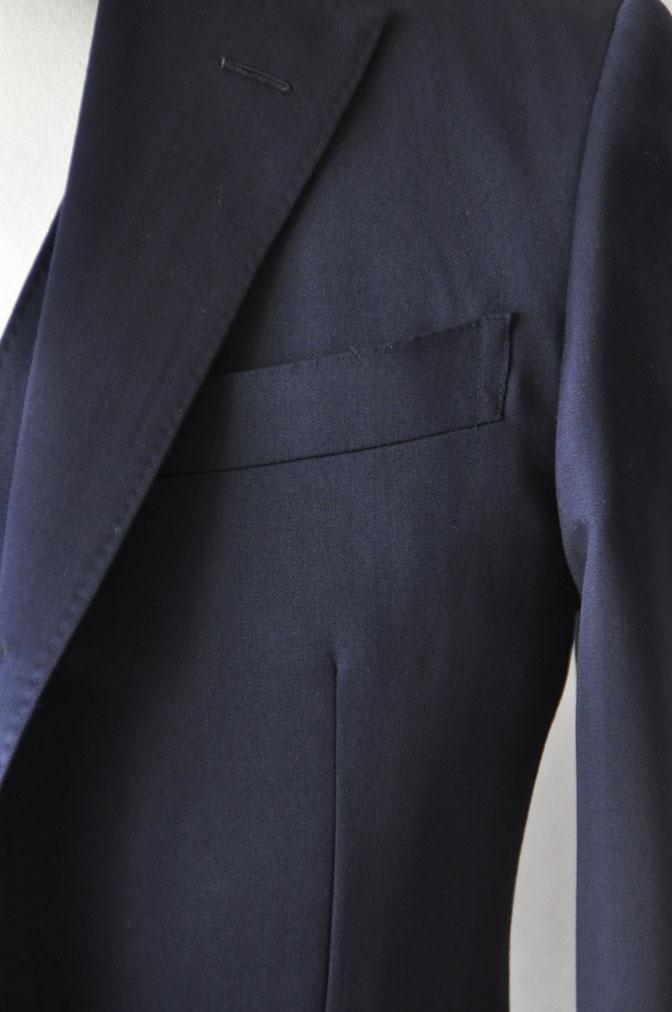 DSC24901 お客様のスーツの紹介-御幸毛織 ネイビーヘリンボーン スリーピース - 名古屋の完全予約制オーダースーツ専門店DEFFERT