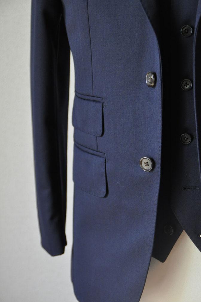 DSC24931 お客様のスーツの紹介-御幸毛織 ネイビーヘリンボーン スリーピース - 名古屋の完全予約制オーダースーツ専門店DEFFERT