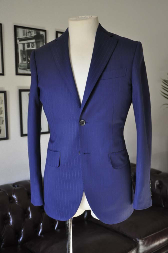 DSC2500-1 お客様のスーツの紹介- Biellesi ネイビーストライプ-