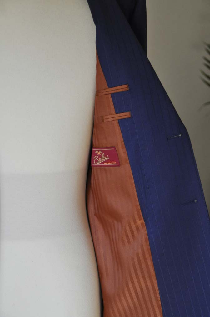 DSC2508 お客様のスーツの紹介- Biellesi ネイビーストライプ-