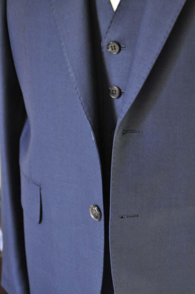 DSC2524 お客様のスーツの紹介- CANONICO 無地ネイビースリーピース- 名古屋の完全予約制オーダースーツ専門店DEFFERT