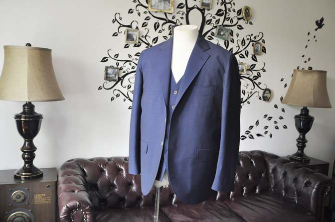 DSC2526-1 お客様のウエディング衣装の紹介- Collezioni Biellesi無地ネイビー短パンスリーピース-