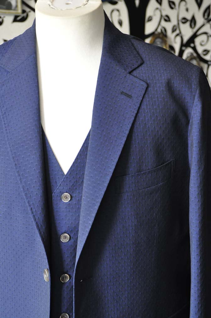 DSC2530-1 お客様のウエディング衣装の紹介- Collezioni Biellesi無地ネイビー短パンスリーピース-