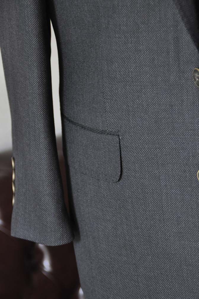 DSC2546 お客様のスーツの紹介- Biellesi グレーバーズアイ スリーピース-