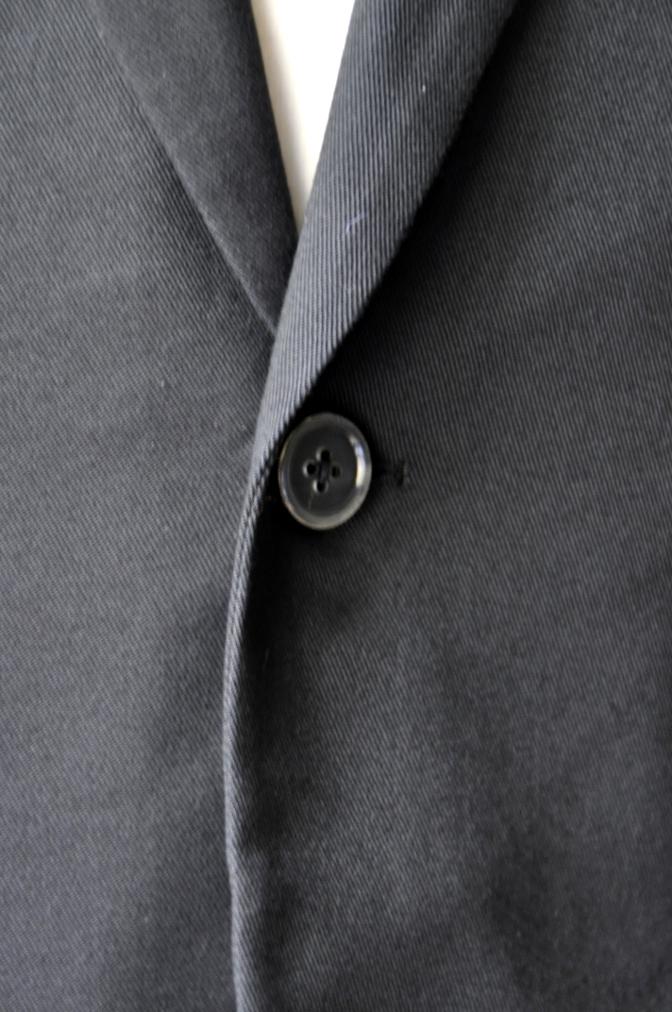 DSC2570 お客様のスーツの紹介- 無地ブラックコットンストレッチスーツ-