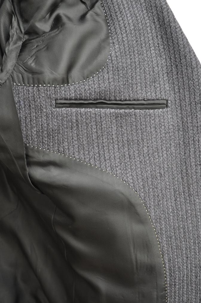 DSC2601 オーダージャケットの紹介-御幸毛織 グレーニットジャケット-