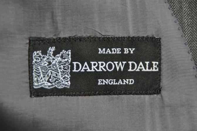 DSC26051 お客様のスーツの紹介-DARROW DALE チャコールグレーヘリンボーン-