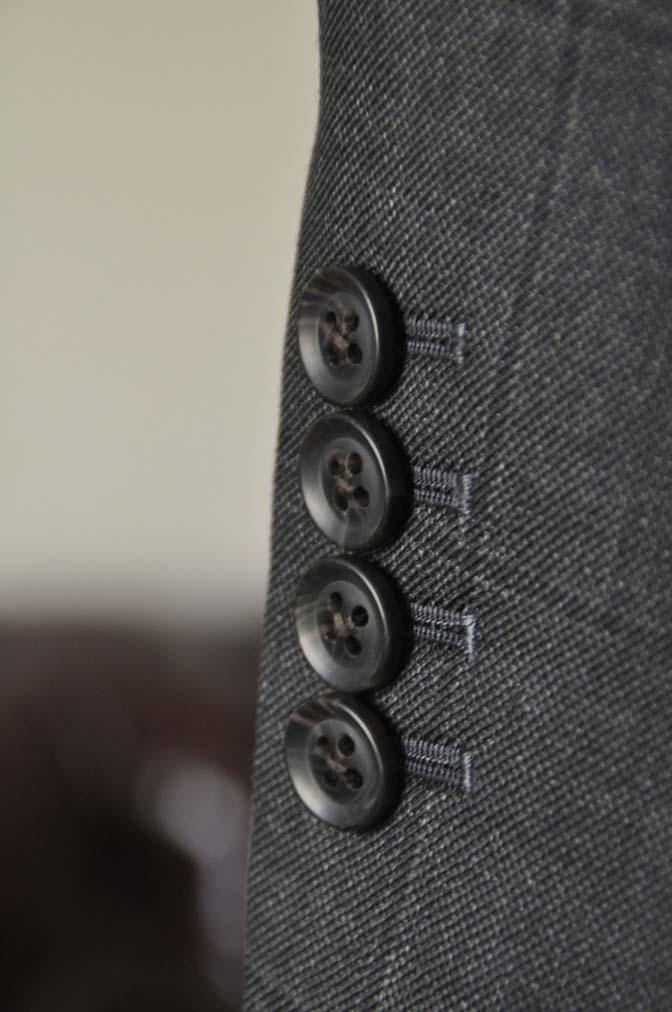 DSC26202 お客様のスーツの紹介- Charles Clayton グレーウィンドペン-