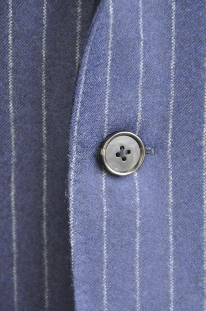 DSC2626 お客様のスーツの紹介-DARROW DALE ネイビーフランネルストライプ-