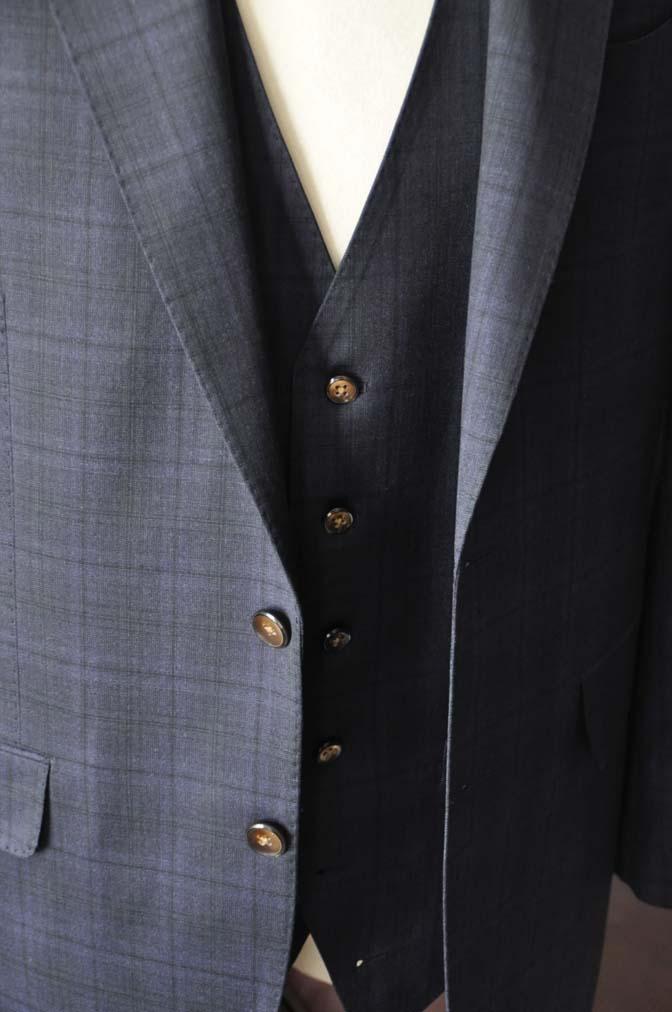 DSC2637-1 お客様のスーツの紹介- Biellesi ネイビーチェックスリーピース-