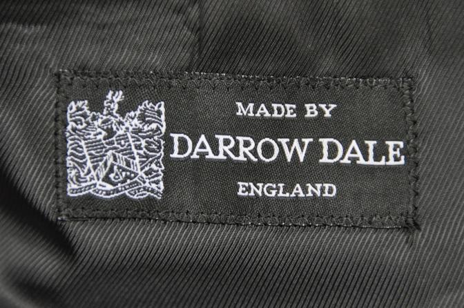 DSC2641 オーダースーツの紹介-DARROW DALE ネイビーストライプ-