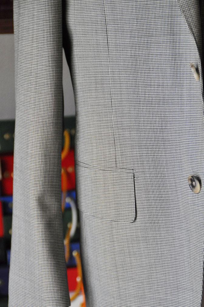 DSC26492 お客様のスーツの紹介-Biellesi グレー千鳥格子スリーピース- 名古屋の完全予約制オーダースーツ専門店DEFFERT