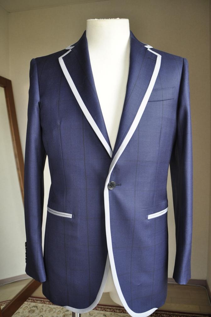 DSC26771 お客様のスーツの紹介-BIELLESI ネイビーグレンチェック パイピング-