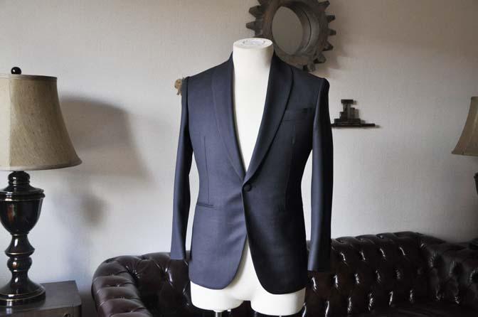 DSC26862 お客様のウエディング衣装の紹介- Biellesi ネイビーバーズアイ ショールカラースーツ-
