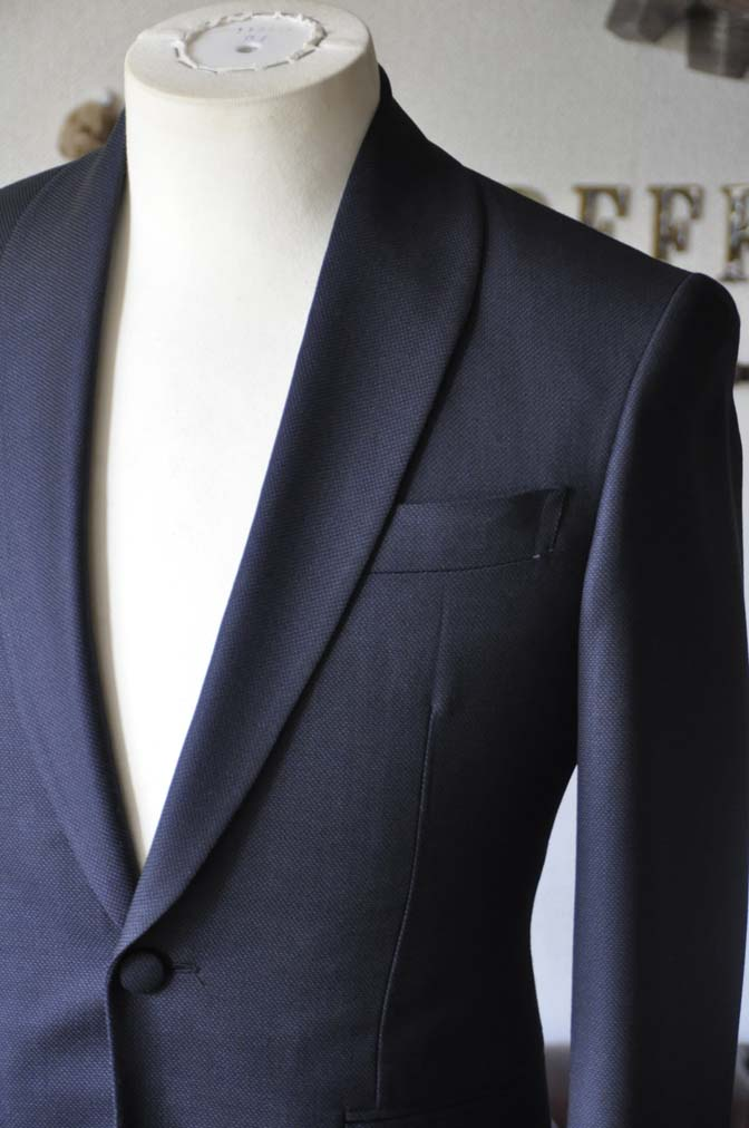 DSC26892 お客様のウエディング衣装の紹介- Biellesi ネイビーバーズアイ ショールカラースーツ-