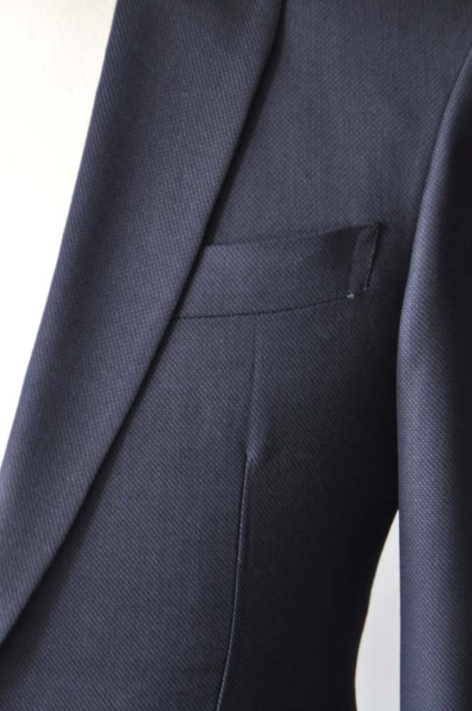 DSC26902 お客様のウエディング衣装の紹介- Biellesi ネイビーバーズアイ ショールカラースーツ-