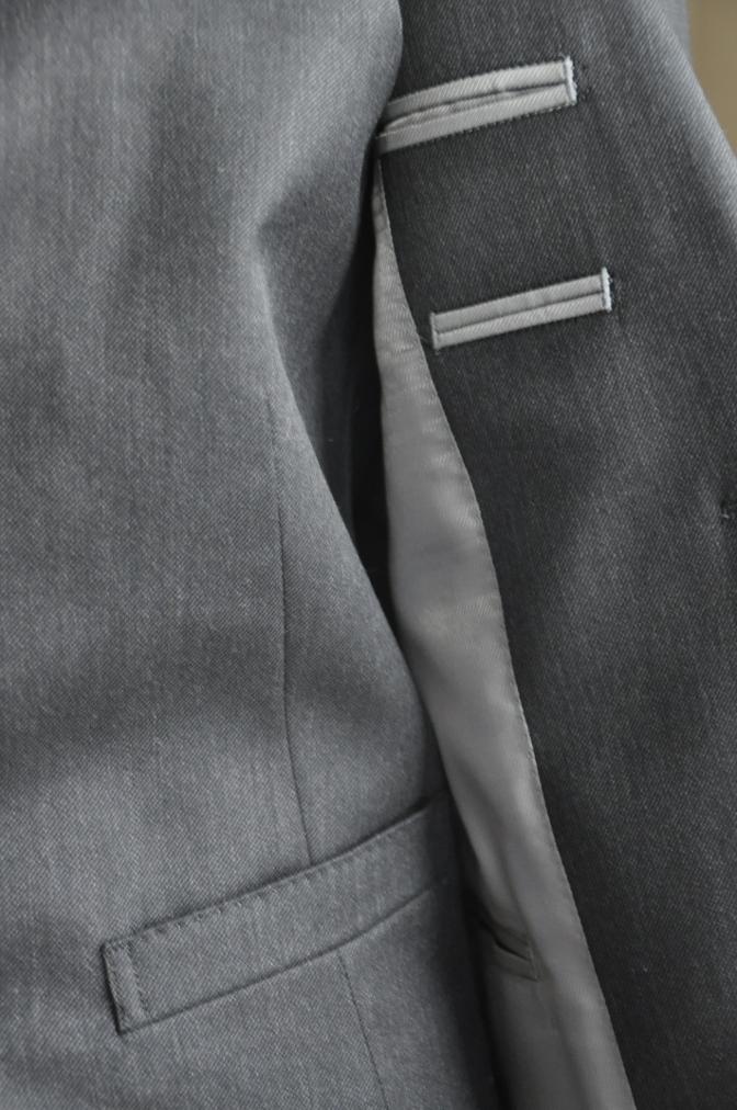 DSC26961 お客様のスーツの紹介-チャコールグレースリーピース-