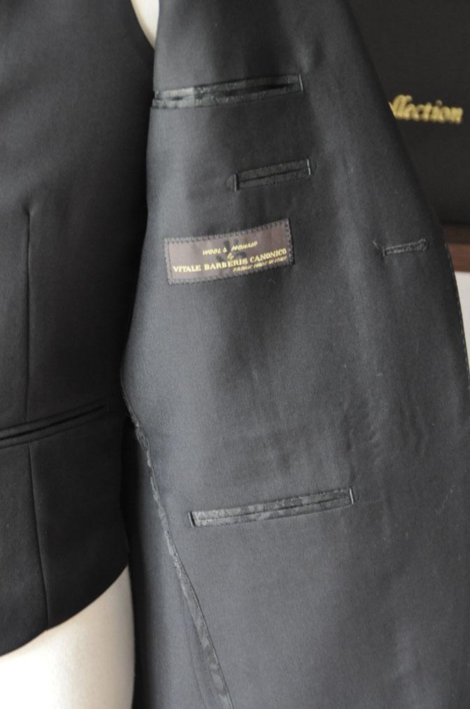 DSC26974 スーツの紹介-CANONICO wool mohair 無地ブラックスリーピース-